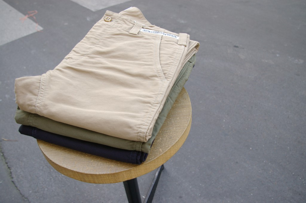 UNIVERSAL PRODUCTS ORIGINAL CHINO TROUSERS